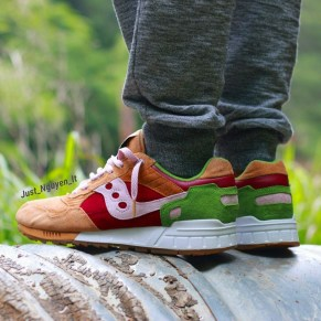 Saucony Shadow 5000 Burger x END_167