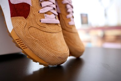 Saucony Shadow 5000 Burger x END_24