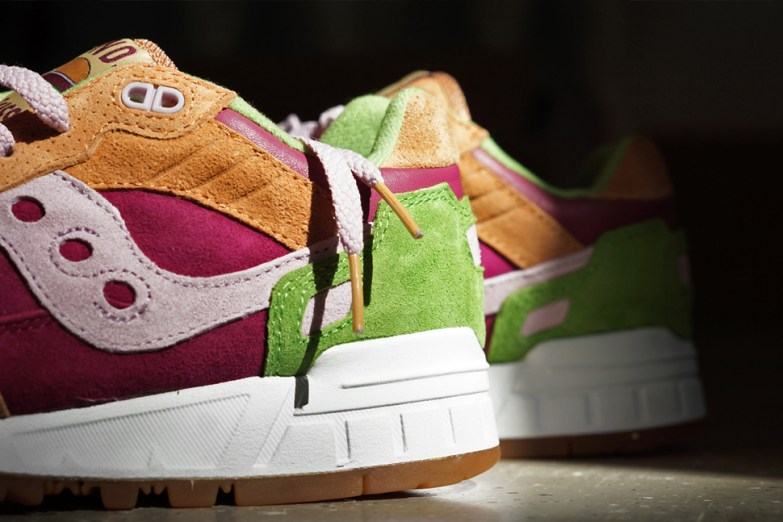 Saucony Shadow 5000 Burger x END_76