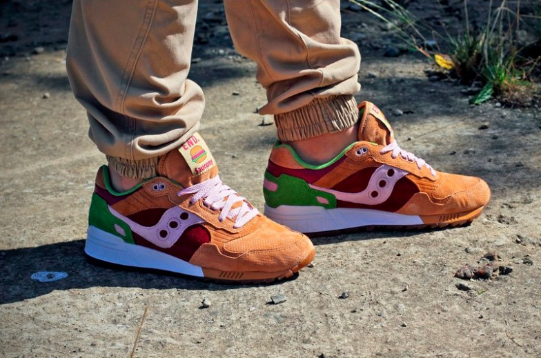 Saucony Shadow 5000 Burger x END_87