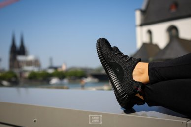 Adidas Yeezy Bost 350 Pirate Black _25