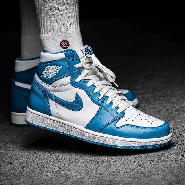 Air Jordan 1 High UNC Powder Blue_34