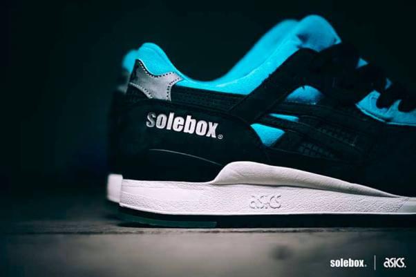 Asics Gel Lyte III Blue Carpenter Bee x Solebox_11
