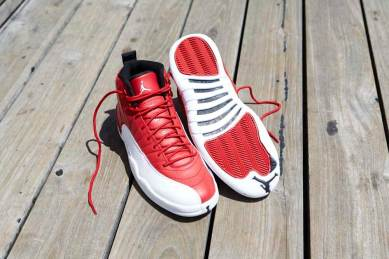 Air Jordan 12 Retro Gym RedWhite_02