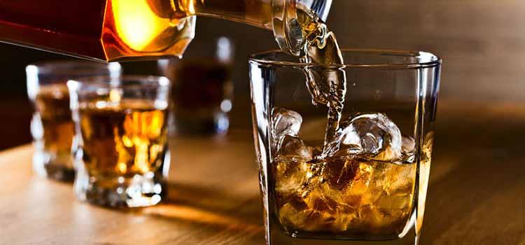 Autorizan venta de licores en bares y restaurantes en Armenia
