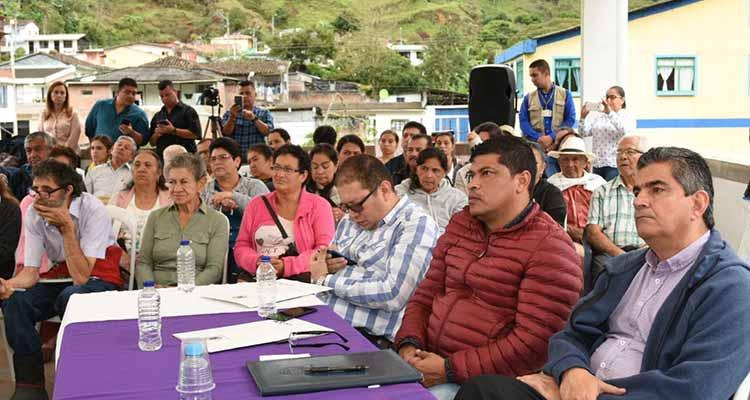 Gobernación espera permiso predial para construir muro que proteja a Pijao (1)