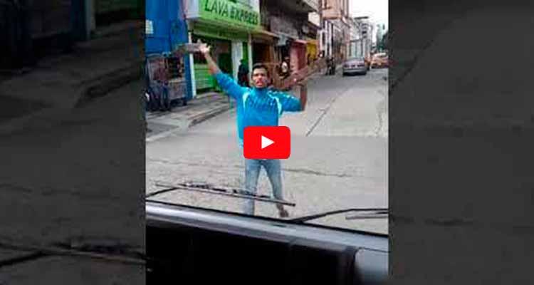 Venezolano atacó carro alcaldía Armenia