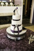 Plum balloons wedding cake