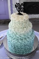 Turquoise ombre gradient wedding cake