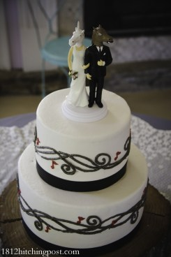 Musical notes wedding cake