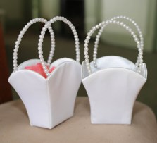 Pair of pearl handled white baskets