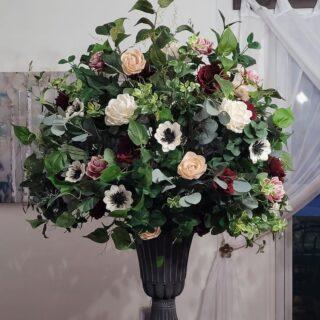 Wedding altar design  #weddingpackages #syracuseweddingflorist #rochesterweddingflorist #buffaloweddingflorist #centralnyflorist #1824_farmhouse_creations #solawoodflowers #2021wedding #covidwedding #syracuseweddingflowers #syracusesolawoodflowers #buffaloweddingflowers #rochesterestweddingflowers #centralnyweddingflowers #centralnyweddingflorist #fingerlankesweddingflowers #fingerlakesweddings #fingerlakesweddingflorist #turningstoneweddingflowers #dibblesweddingflowers #arlingtonarborweddingflowers #lakeshore1860 #1824fhc