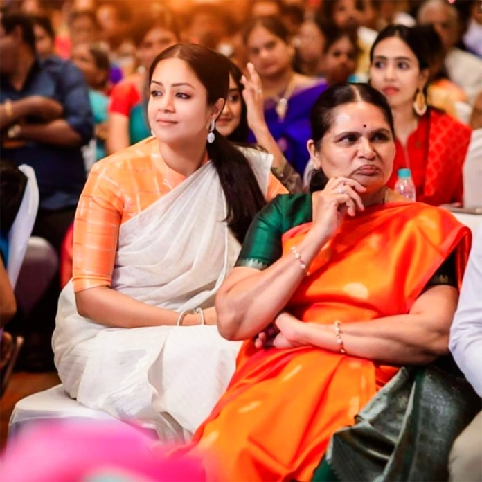 """""""My mom in regulation is my inspiration"""" - Jyothika opens up abo"""