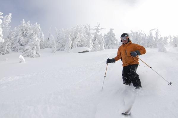 1859_Nov_Dec_2014_Outdoor_Skiareas_3