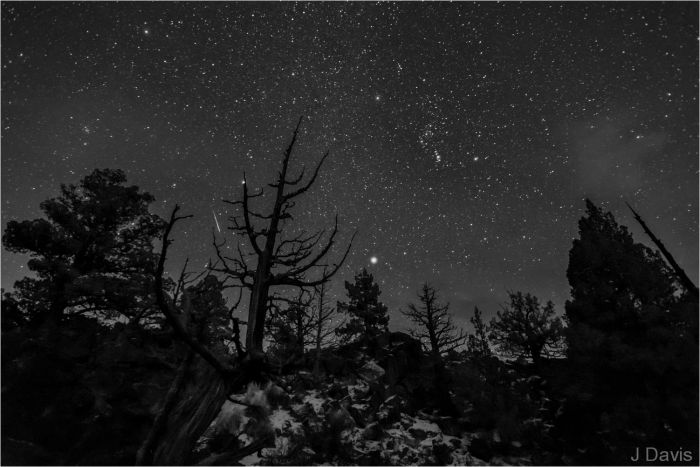 jim-davis-oregon-badlands-wilderness-bend-geminid-meteor-shower-dec-2012