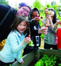 2012-Spring-Oregon-Willamette-Valley-Eugene-Youth-Grow-kids-summer-camp-food