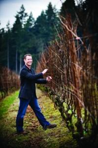2012-Spring-Oregon-Wine-Willamette-Valley-Lange-Winery-Jesse-Lange-vineyard-taste-grapes