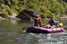 2013-jan-feb-1859-magazine-southern-oregon-rafting-the-rogue-river-heather-fishing