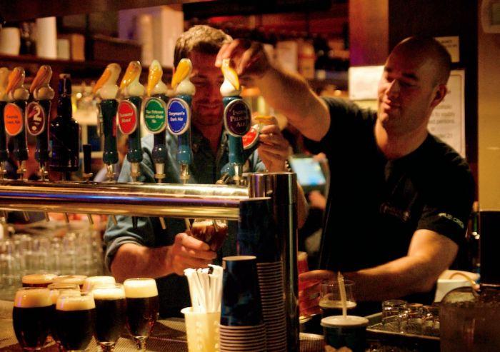 2010-winter-1859-oregon-coast-pacific-city-brewing-history-pelican-pub-bartenders