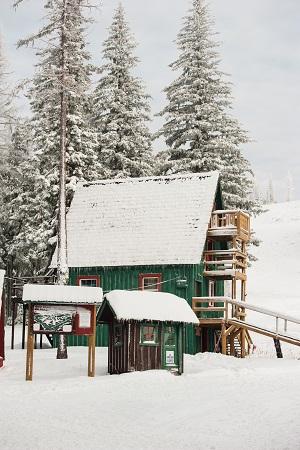 1859_Nov_Dec_2014_Outdoor_Skiareas_4