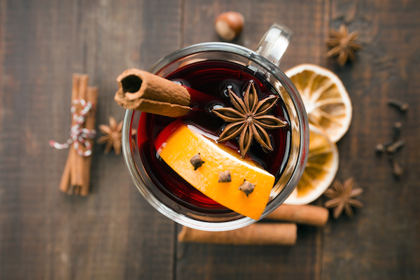 How to make mulled wine 1859 magazine - Make perfect mulled wine ...