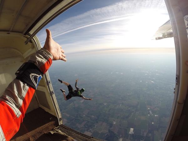 2015_Jul-Aug_Summer-Bucket_Molalla-Skydiving_003
