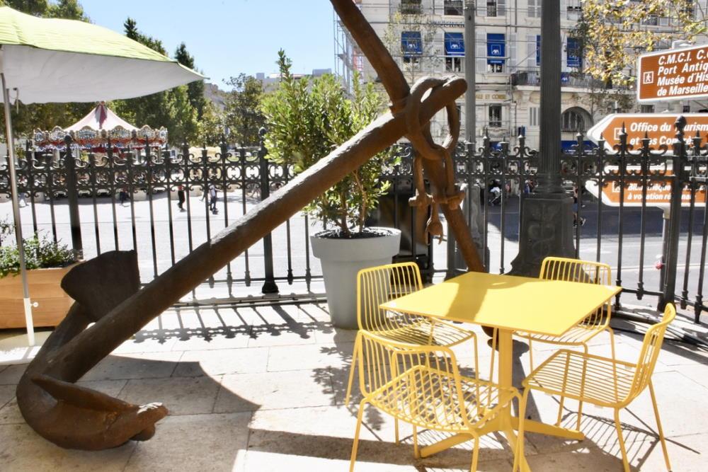 Terrasse restaurant vieux-port 1860 Le Palais