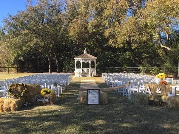 Country Wedding Theme