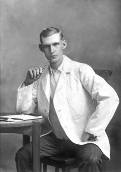 Photo of Henry Herbert Vollick. Via CVWM.