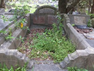 Henry Welbourne's grave - before photo