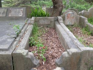Harry Rudge's grave - before photo