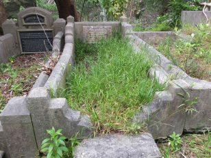 Emily Shorter's grave - before photo
