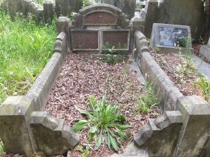 William Fisher's grave - before photo