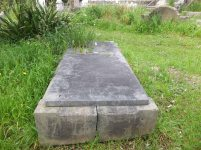 Thomas Ritchie's grave - before photo