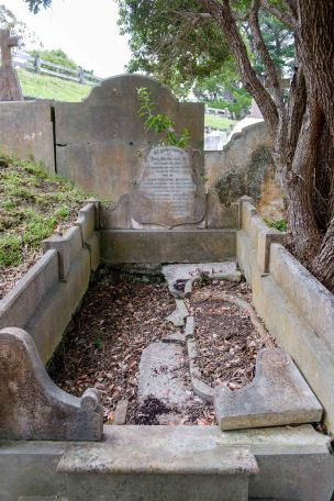 John McDuff's grave