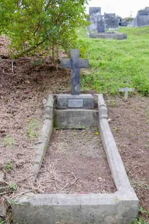 Thomas McParlin's grave