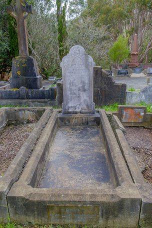 William Wolfe's grave