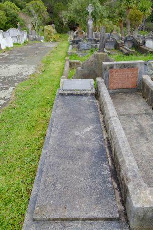 Eileen Mills' grave