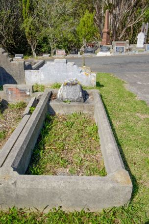 William Buckley's grave - before photo