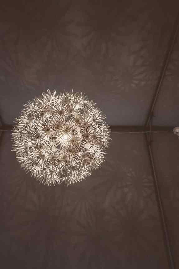 1 Large Floral Pendant Light