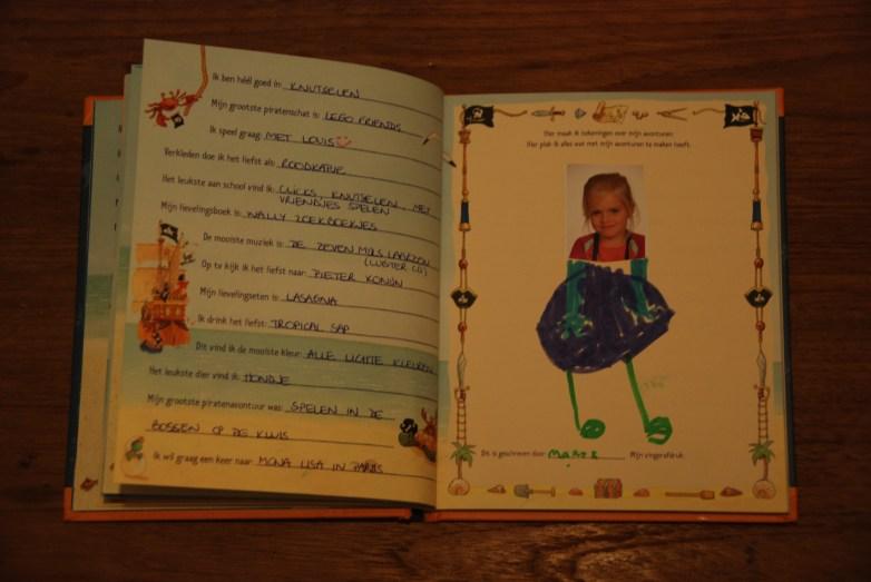 2014.12 Vriendenboek Marte 2