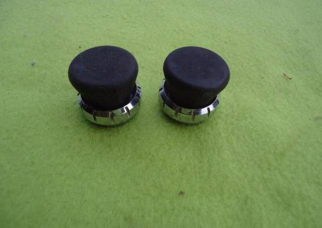 Radio knobs