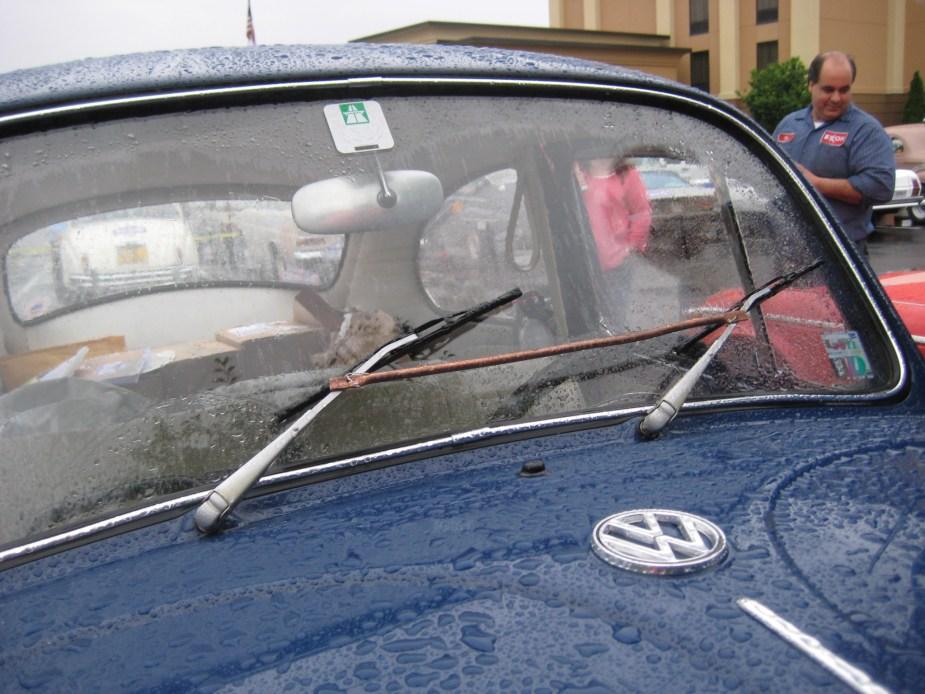 Temporary repair of windshield wipers
