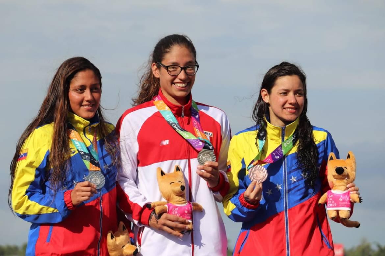 Podio 5 Km femenino Aguas abiertas Rosario 2019- fotografía cortesía @odesurmedia