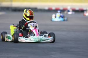 Sting Ray Robb edged out the competition for the win in Mini Max (Photo: Sean Buur - Go Racing Magazine)