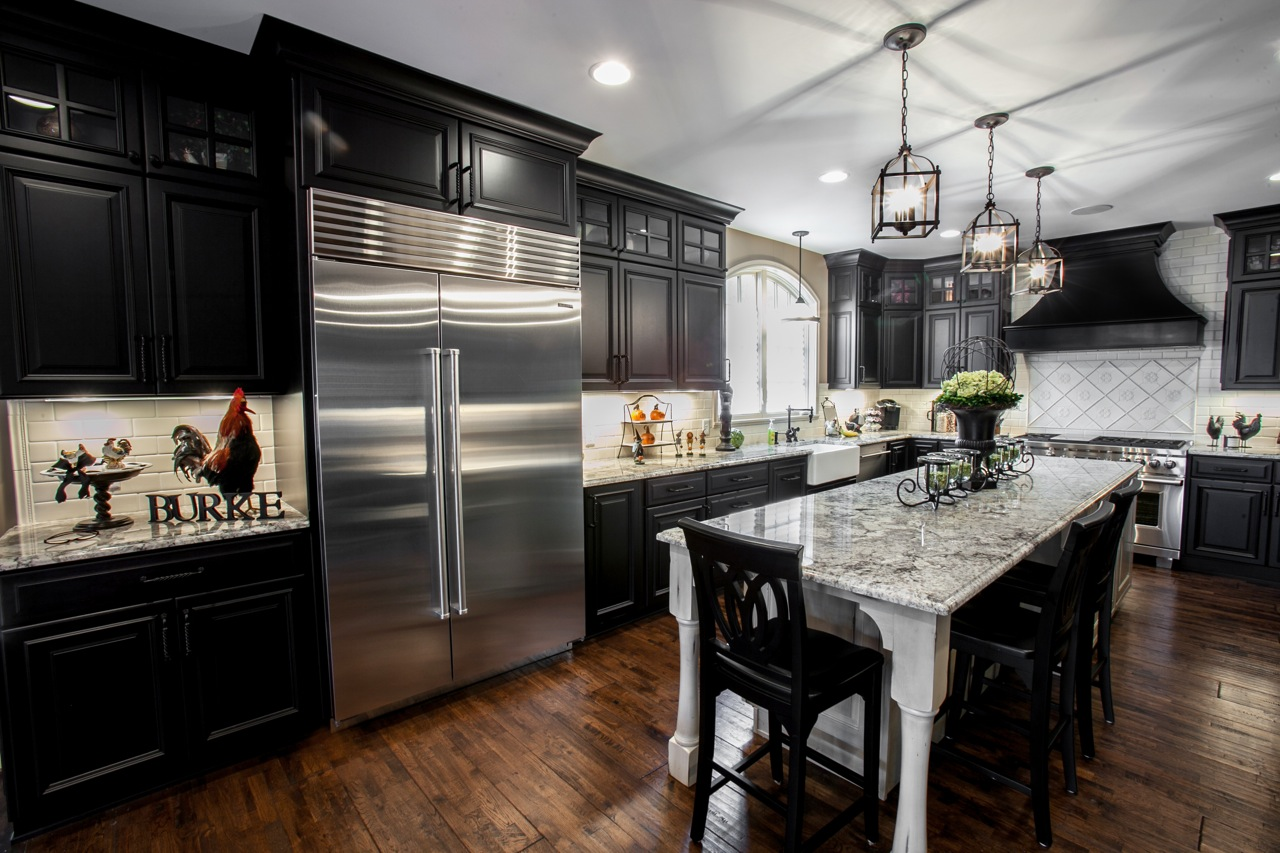 Beautiful Black & White Kitchen - Designer Q&A - Callier ... on Beautiful Kitchen  id=15882