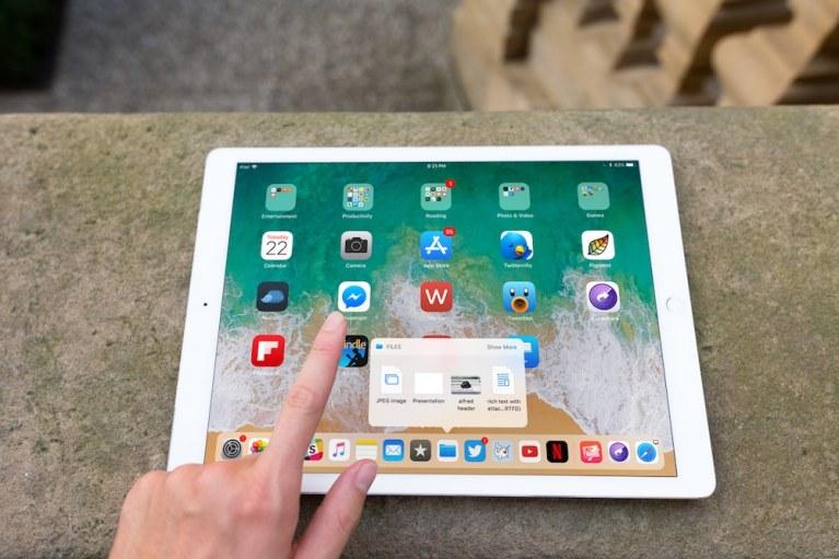 Как использовать новую потрясающую док-станцию для iPad в iOS 11 (в формате GIF)