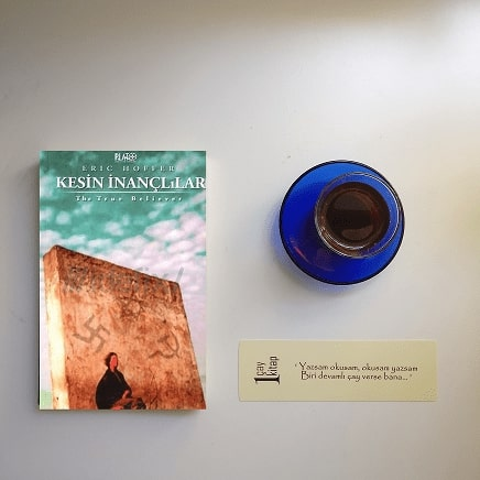 Kesin-İnançlılar-kitap-yorumu