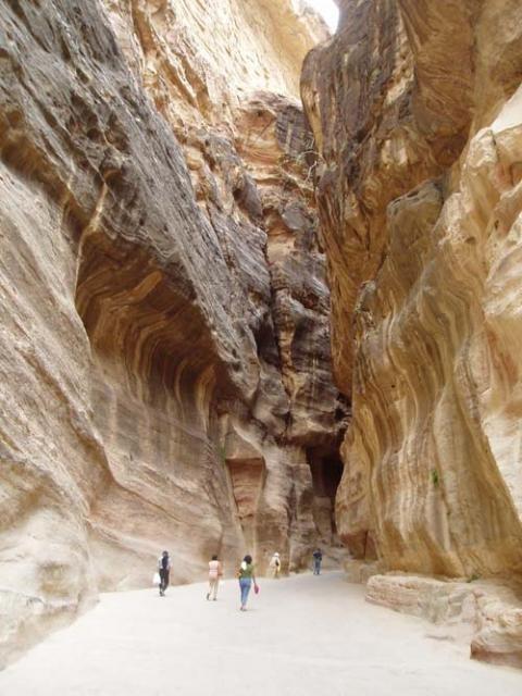 иордания петра