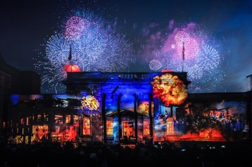 1create featured - Mike Bartlett - CoCulture fire works 2 2